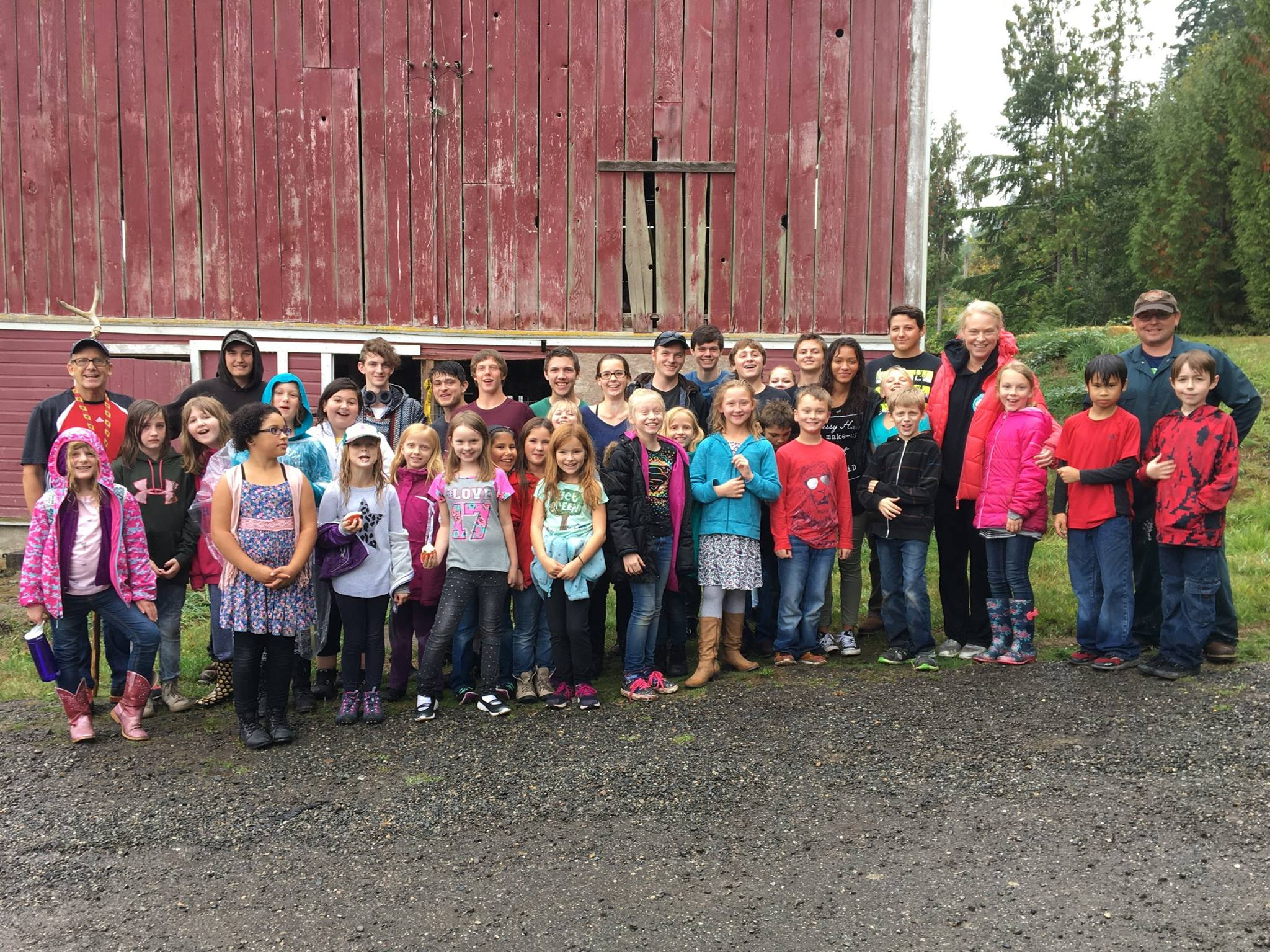 Columbia Crest Students Gather at Kjelstad-Burwash Farm